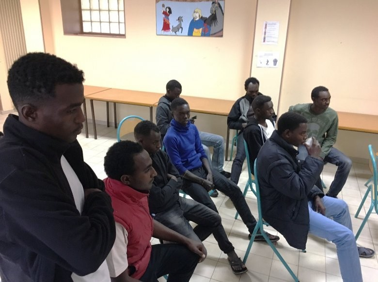 Pas de centre pour migrants à Onex ! La Cour de justice donne raison à l'UDC